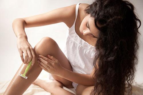 Hé lộ cách tẩy lông chân và tay vĩnh viễn cho chị em 1