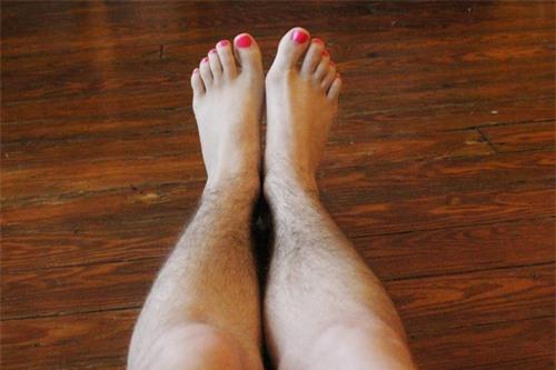 Mách bạn 5 cách tẩy lông chân tự nhiên quen thuộc 1
