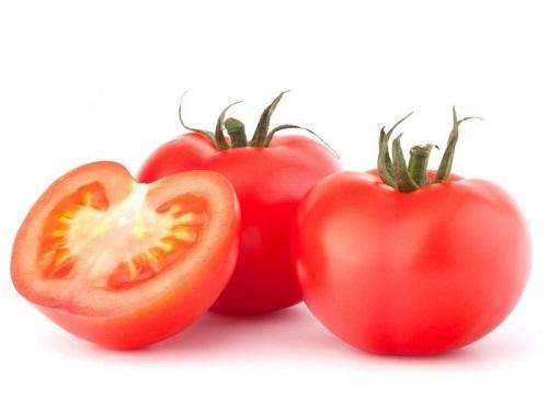 Phương pháp xoá xăm bằng cà chua